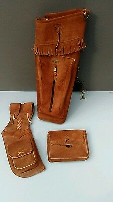 2 leather quivers and pouch