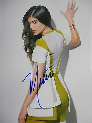 Marie Avgeropoulos  8x10 auto photo in Excellent Condition