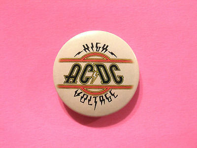 "Ac/dc New Official 2006 Button Badge Pin Uk Import ""high Voltage"""