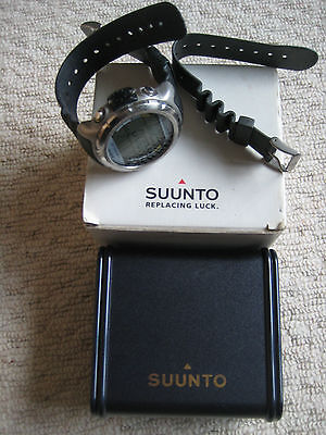 SUUNTO Stinger Full Decompression Dive Computer 200m Waterproof Sports Watch