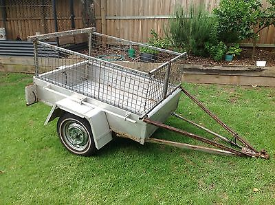 Box Trailer with cage 3.5 X 5 Foot
