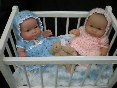 Cute Twin 8 Inch Berenguer Dolls With Cot