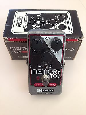 Electro Harmonix Memory Toy Analog Delay With Modulation - Guitar Effects Pedal