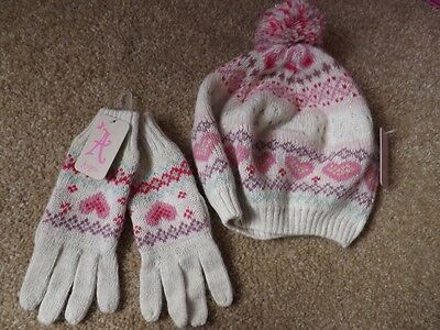 Girls Bobble Hat And Gloves Set From Monsoon Age 6-8 Years With Tags