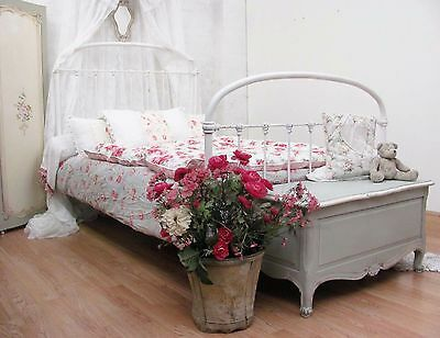 CHARMING ANTIQUE FRENCH SINGLE IRON BED - c1900