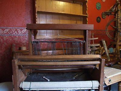 Four Shaft Table Top Weaving Loom