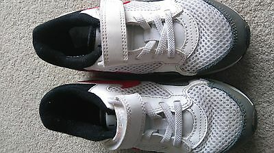 kids Nike air max trainers size 11.5