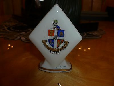 """Unmarked Crested China """"Diamond suit marker. Crest of """"Luton"""""""