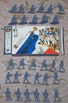 Rare AIRFIX VINTAGE 1/32 scale BOXED WATERLOO FRENCH INFANTRY FROM 1973