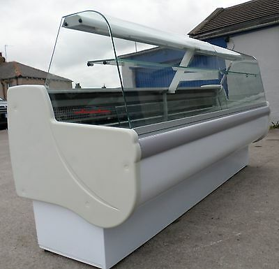 refrigerated SERVE-OVER DISPLAY COUNTER (2.5m)