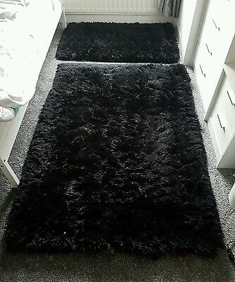 2 x ostrich rugs x large and small black collection Liverpool Fazakerley