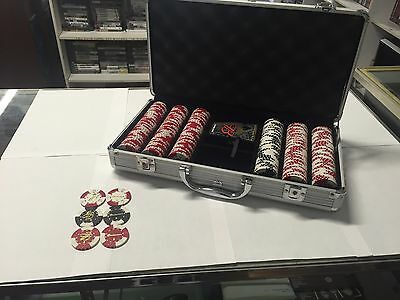 Budweiser Beer Co. Poker Gaming Chip Set Rare Hard to Find Casino Quality