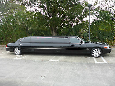 2007 Lincoln Town Car  2007 Black Lincoln Limousine By Tiffany ONLY 17K Miles!