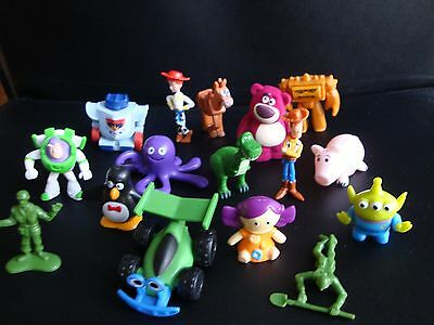 set 16 cute mini figures from toy story 3  /  caketoppers