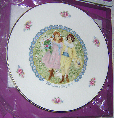 1976 Royal Doulton Valentine's Day Collector Plate