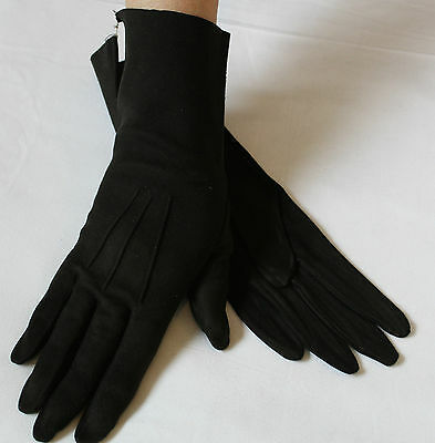 GLOVES Vintage Black Soft Suede Bracelet length Size 7.5 By ZURRO Madrid  LOVELY