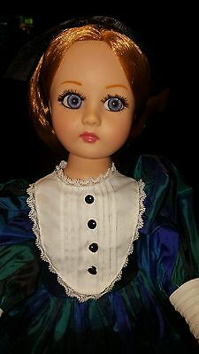 "Beautiful Effanbee ""PRETTY IN PLAID"" Redheaded Honey 21"" Vinyl Doll. IOB"
