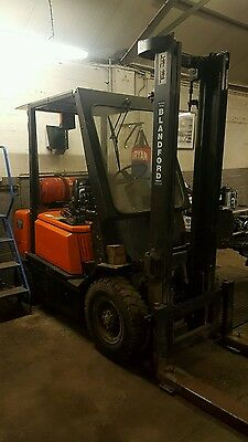 Yale Hyster 2ton Forklift spares or repair