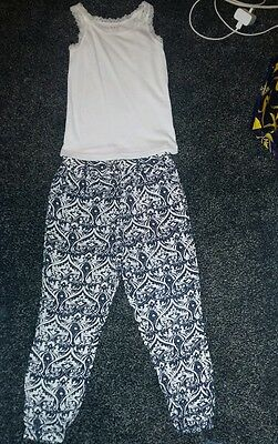 Girls trousers size 6-7 years