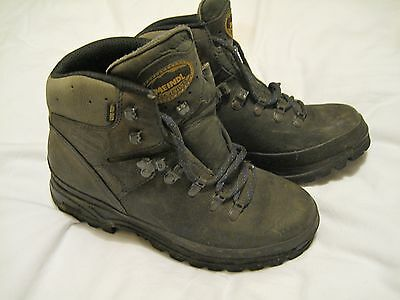 Ladies Meindl Burma Leather Walking Boots. Size 7.