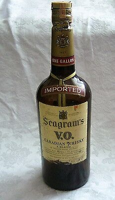 Vintage Empty Seagram's VO Canadian Whiskey Glass Bottle 1 Gallon 1972 W/Cap