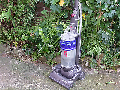 DYSON DC14 UPRIGHT VACUUM CLEANER HEPA Sydney Pickup 07 7