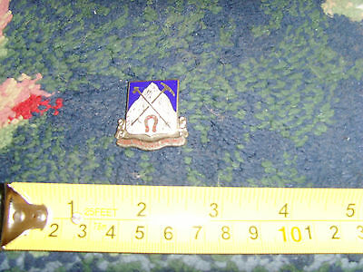 Vires Montesque Vincimus small military pin brooch mountain unique older design