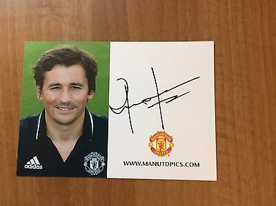 2016-17 Rui Faria Signed Man Utd Club Card (9307)