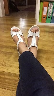 Betts White Leather Clogs Size 7, ALMOST NEW, CUTE SUMMER STYLE