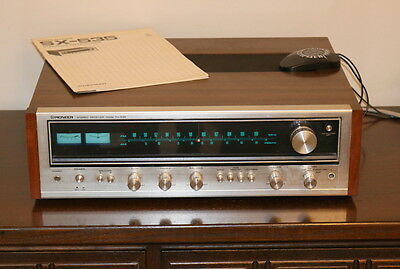 Pioneer SX-535 Vintage Stereo Receiver Amplifier near mint condition + manual
