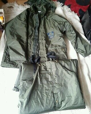Shakespeare President Fishing Suit Size M New (Jacket &  Trousers