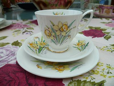 Royal Albert China Tea Cup Trio Flower Of The Month Daffodil March