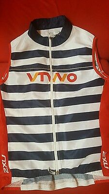 2XU VTWO Cycling Vest - Large