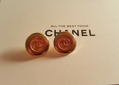 2 Rare chanel CC signed buttons gold vintage 1980s 1990s