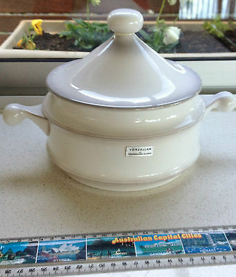 CASSEROLE w LID - Goebel China LORRAINE round 2 litre covered casserole -Vintage