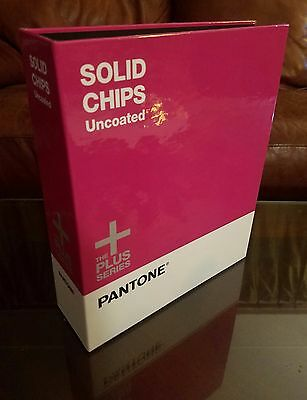 PANTONE Book SOLID CHIPS UNCOATED - The Plus Series Excellent