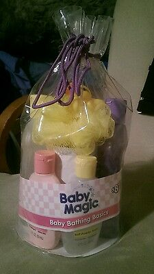 New Baby Magic Bathing Basics Gift Bag Set Lotion Body Wash Calming Bath Duck