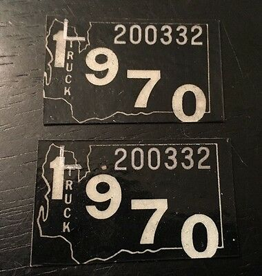 Nice Original Pair Of 1970 Washington Truck  License Plate Tags.