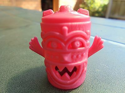KELLOGG'S R & L TOTEM TRIBE CEREAL TOY(Happy Hands)