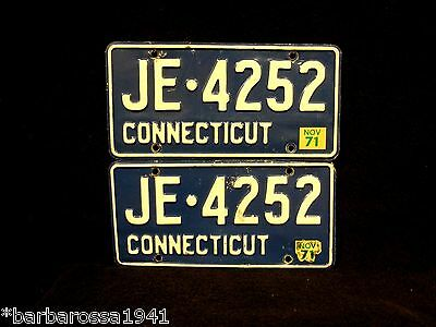Vintage 1971 Connecticut License Plate PAIR Marker Tag Number CT Plates JE4252