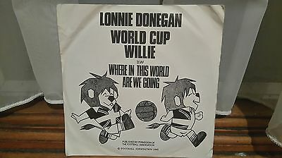world cup willlie 45 by lonnie donegan