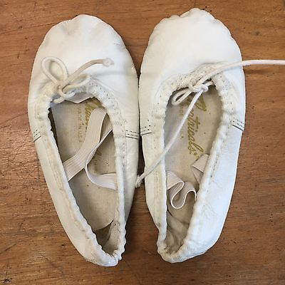 7 1/2 Toddler White Leather Ballet Slippers Shoes Theatricals EUC