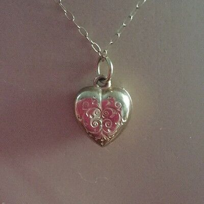 Dainty Vintage 9 Ct Gold Puffy Heart Pendant & Chain Valentines Day?
