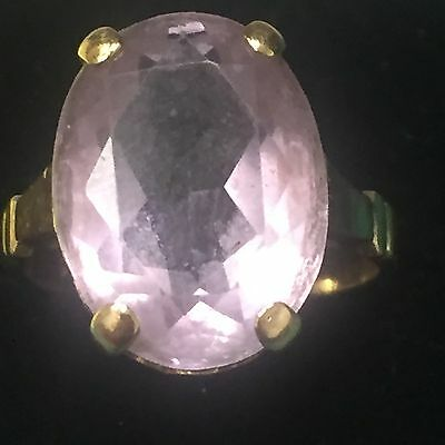 Antique pink stone 9ct gold ring