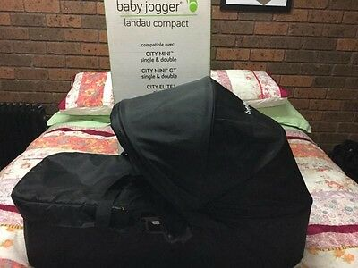 Baby jogger compact bassinet like new