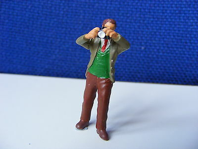 Photographer with Camera Taking Photograph - 1:43 O Gauge Painted Metal Model