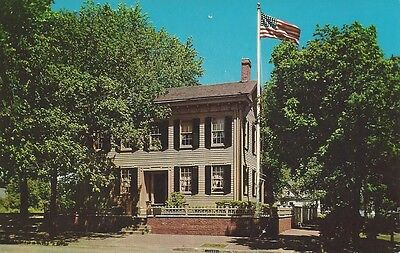Vintage Postcard - Abraham Lincoln's Home, Springfield, Illinois