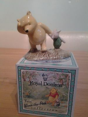 "Royal Doulton Pooh and Piglet ""The Windy Day"" WP2"