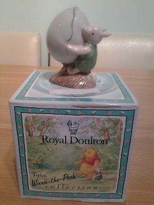 Royal Doulton Piglet and the Balloon WP5