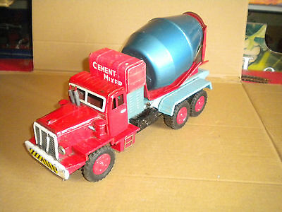 Vintage Made in Japan tinplate cement mixer lorry 35cms friction drive 1960s